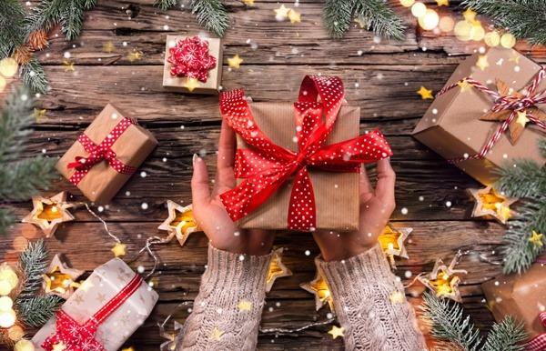 Giving your staff a Christmas gift