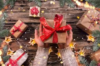 How to give tax free gifts to employees